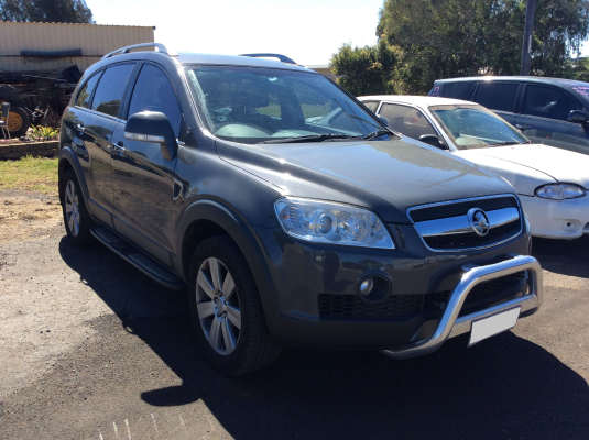 2010 HOLDEN CAPTIVA CG MY10 LX (4x4) 5 SP AUTOMATIC 2.0L DIESEL TURBO F/INJ DOOR LF