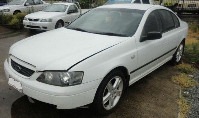 2003 FORD FALCON BA XT 4 SP AUTO SEQ SPORTS 4.0L MULTI POINT F/INJ WASHER TANK & MOTOR FRONT