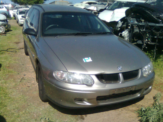 2001 HOLDEN COMMODORE VX EXECUTIVE 4 SP AUTOMATIC 3.8L MULTI POINT F/INJ EXHAUST MANIFOLD