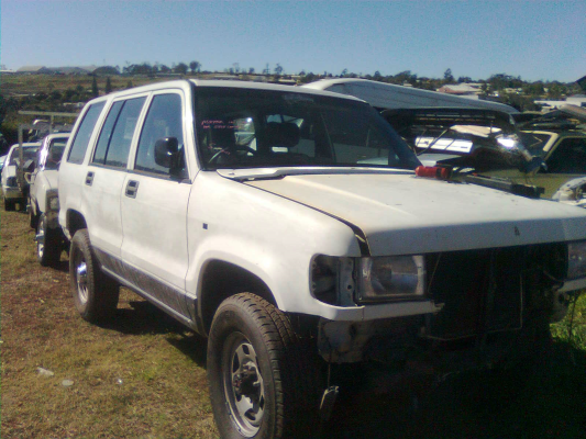 1992 HOLDEN JACKAROO 5 SP MANUAL 4x4 3.2L MULTI POINT F/INJ TRANSMISSION/GEARBOX