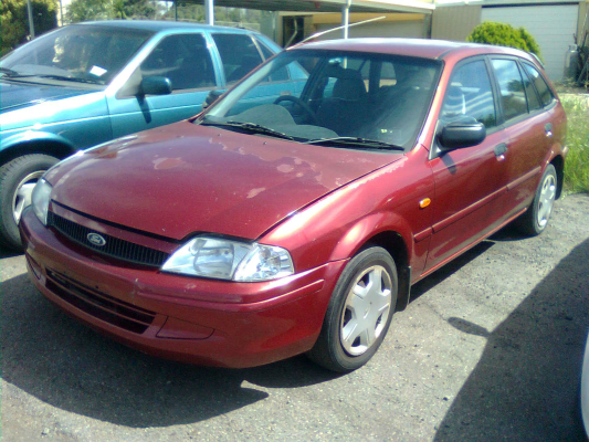 2000 FORD LASER KN LXi 5 SP MANUAL 1.6L MULTI POINT F/INJ TRANSMISSION/GEARBOX