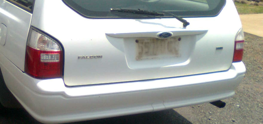 2004 FORD FALCON BA XT 4 SP AUTO SEQ SPORTS 4.0L MULTI POINT F/INJ BAR COVER REAR