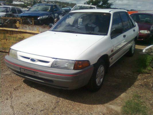 1992 FORD LASER KH GL 3 SP AUTOMATIC 1.6L CARB BONNET