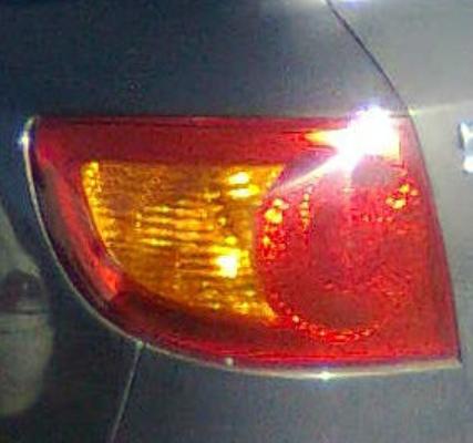 2001 HYUNDAI ELANTRA XD GLS 5 SP MANUAL 2.0L MULTI POINT F/INJ TAIL LIGHT LEFT
