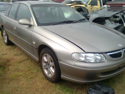 1999 HOLDEN BERLINA VTII 4 SP AUTOMATIC 3.8L MULTI POINT F/INJ TRANSMISSION/GEARBOX