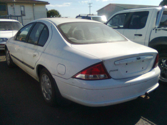 2000 FORD FALCON AUII FORTE 4 SP AUTOMATIC 4.0L MULTI POINT F/INJ DOOR 1/4 GLASS LR