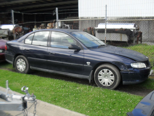 2001 HOLDEN COMMODORE VX 4 SP AUTOMATIC 3.8L MULTI POINT F/INJ GUARD LF
