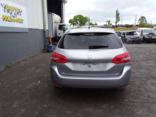 2014 PEUGEOT 308 T9 TOURING ALLURE BLUE HDI 6 SP AUTOMATIC 2.0L DIESEL TURBO F/INJ BAR REAR COMPLETE