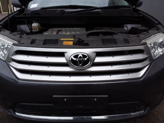 2013 TOYOTA KLUGER 5 SP AUTOMATIC 3.5L MULTI POINT F/INJ GRILLE