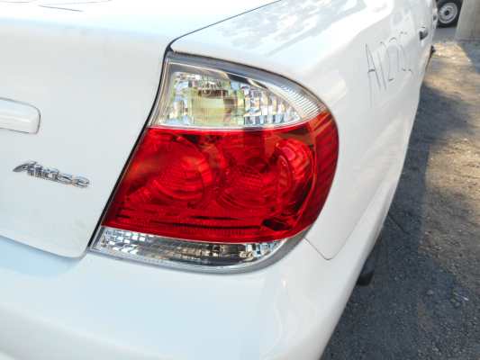 2005 TOYOTA CAMRY ALTISE 4 SP AUTOMATIC TAIL LIGHT RIGHT