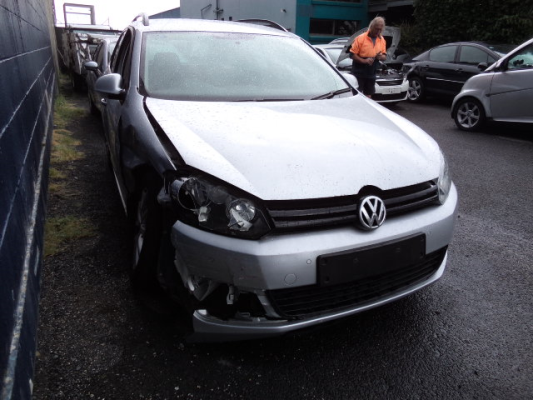2013 VOLKSWAGEN GOLF 1K MY13 118 TSI COMFORTLINE 7 SP AUTO DIRECT SHIFT 1.4L S/C & T/C MPFI BAR REAR COMPLETE