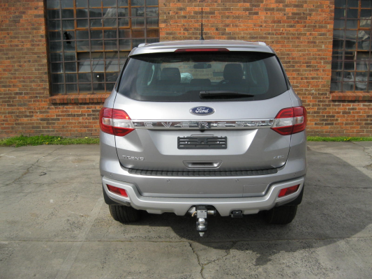 2016 FORD EVEREST UA TREND 6 SP AUTOMATIC 3.2L DIESEL TURBO F/INJ TAILGATE