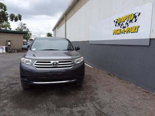 2013 TOYOTA KLUGER 5 SP AUTOMATIC 3.5L MULTI POINT F/INJ BAR FRONT COMPLETE