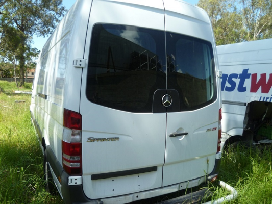 2009 MERCEDES-BENZ SPRINTER 906 MY08 UPGRADE 315 CDI LWB 6 SP MANUAL